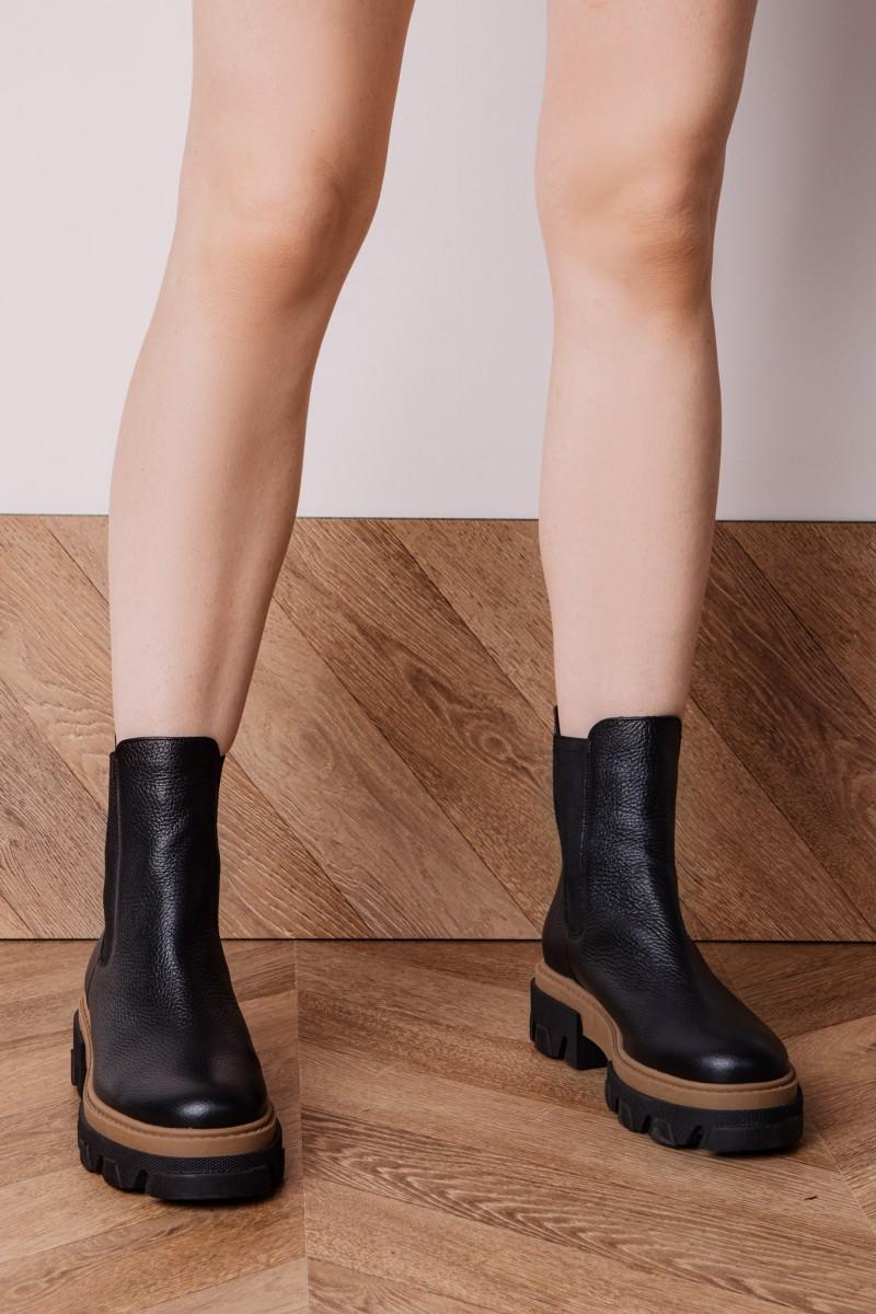 OSAKA ankle boots black leather